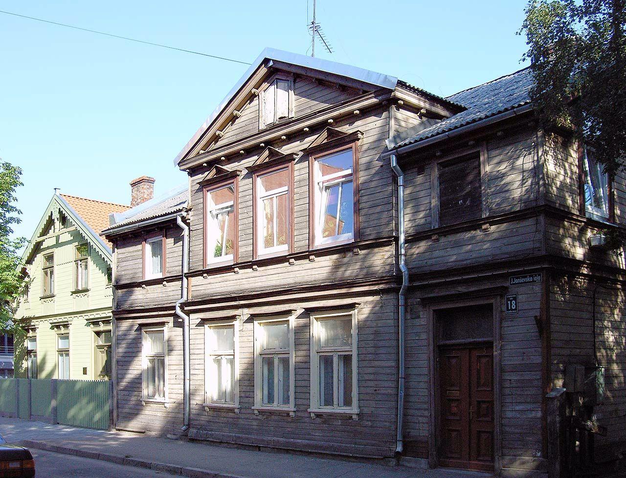 Holzhaus in Liepaja, Lettland. Bild: Ventus Reisen